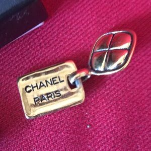 Chanel clip on Earrings with box and pouch